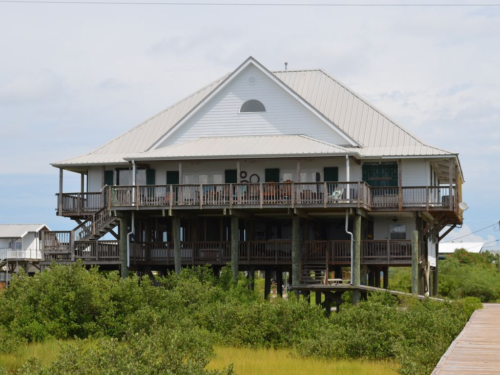 Beautiful Large Waterfront Home on the Bay with Lighted ...