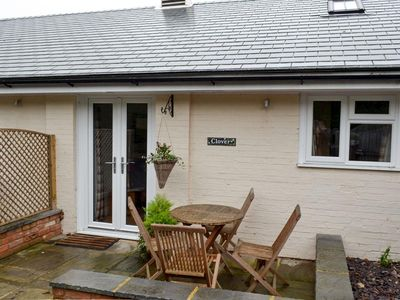 Photo for 2BR House Vacation Rental in Wisborough Green, near Billingshurst