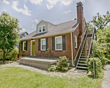 Photo for 1BR/1BA. Adorable East Nashville retreat. Minutes to Downtown/sleeps 5/free wifi