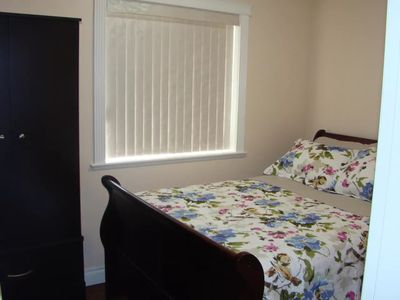 Photo for Private Room w/ kitchen, deck, free shuttle, close to Victoria AIRPORT/ ferry