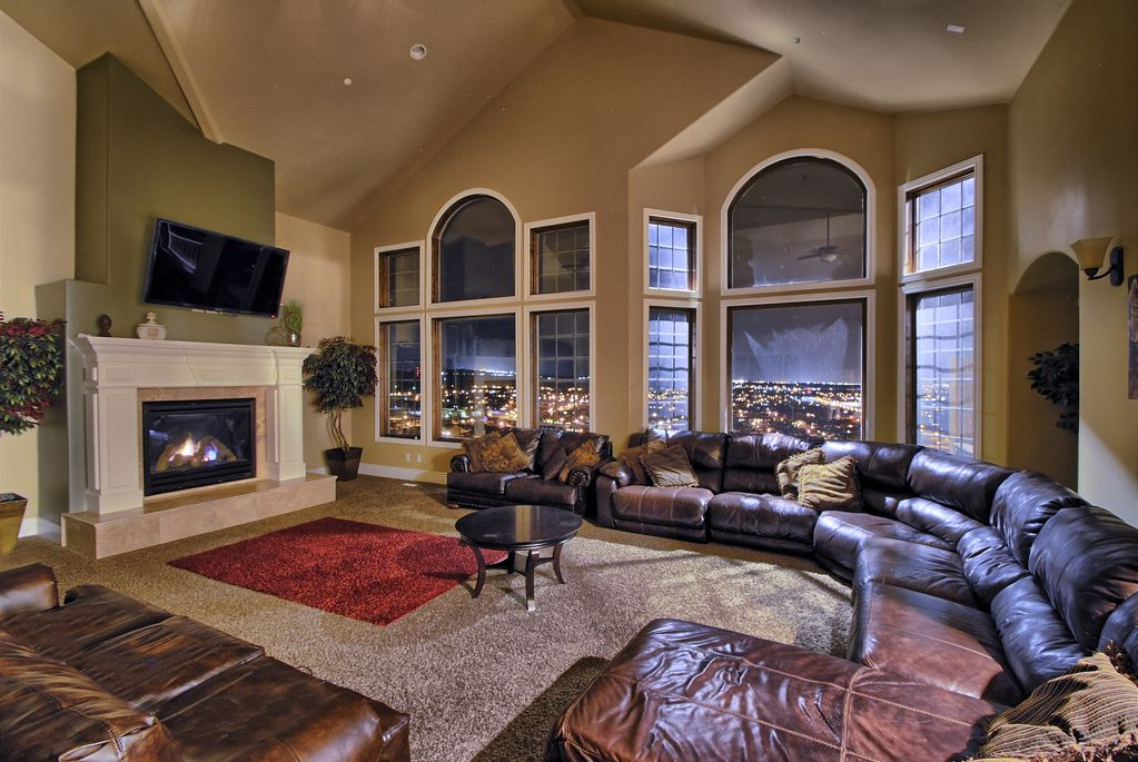 extraordinary luxury mansion living room | Luxury Mansion! From $690/nt! Views! Sleeps Up To 60 ...