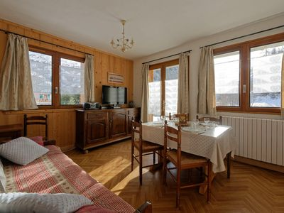 Photo for 2 rooms 5 people 2* exposed South-East