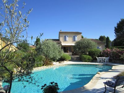 Photo for Provençal house 125m2, private pool + garden, quiet, 1km ctre Vaison, facing south