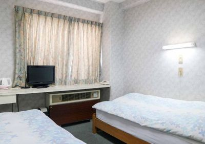 Twin room with Wi-Fi