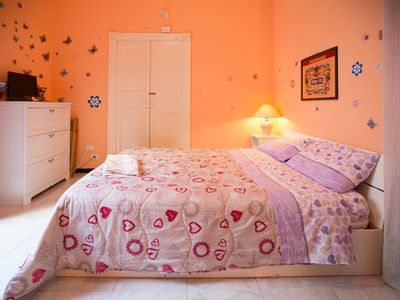 Photo for Centrally furnished one bedroom apartment + bathroom and kitchen in Piazza Teatro Massimo