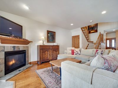 Photo for Family Retreat w/ Private Hot Tub, Fireplace, Private Ski Shuttle + More