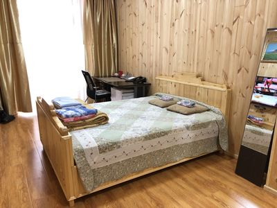Photo for City center 3 rooms apartment with natural wooden decoration