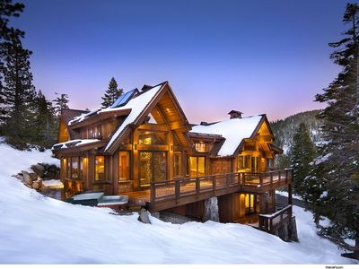 Nicest home in alpine beautiful new mod vrbo for Luxury winter cabins
