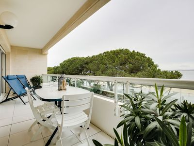 Photo for Lovely apartment for 4 people with WIFI, TV, balcony and parking
