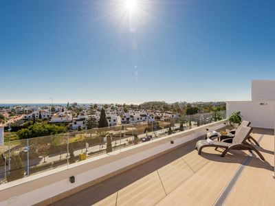 Photo for Large penthouse with views