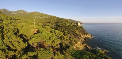 Photo for Cannelle home, comfort, elegant Tuscan atmosphere and natural park facing the sea