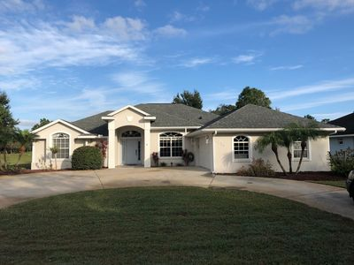 Photo for Beautiful home on quiet street in a nice neighborhood on 3rd hole of golf course