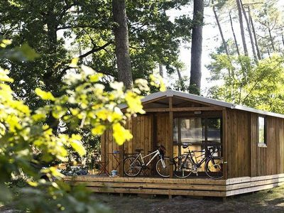 Photo for Camping Huttopia Versailles *** - Chalet Evasion 3 Rooms 5 People