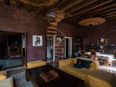 Photo for Luxury and calm in sunny gothic palazzo Cannaregio