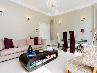 Photo for UP TO 20% OFF - Contemporary 2 bed located in desirable Knightsbridge (Veeve)