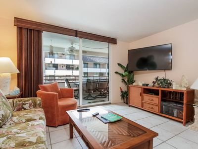 Photo for Tropical Getaway, Walking Distance to Beach (WiFi, Lanai, Complex Swimming Pool)
