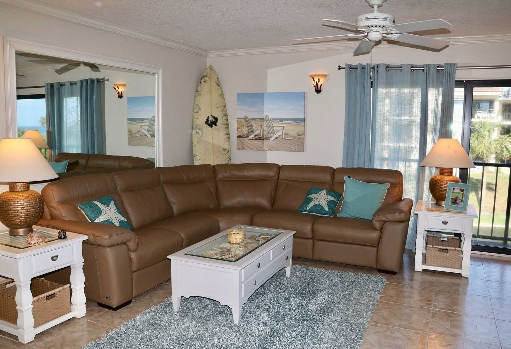 Enjoy all the comforts of home in this gold-rated 2BR/2BA ocean view condo!