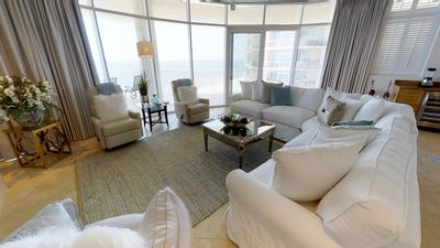 Newly Re-Decorated 4 Bedroom Condo With Stu... - VRBO