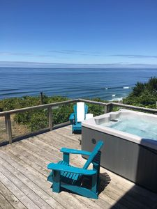 oceanfront deck with hot tub - Perfect for whale watching!