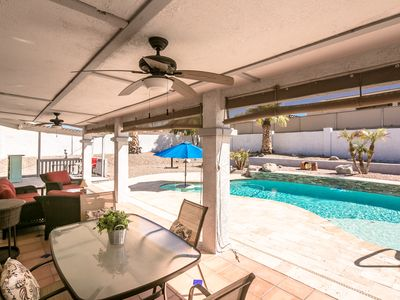 Photo for Beautiful 2-Bedroom/2-Bath with Private Pool Oasis