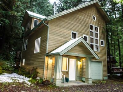 Photo for Vacation home 51SL Executive Style Cabin  in Mt. Baker/ Glacier, Washington - 8 persons, 4 bedrooms
