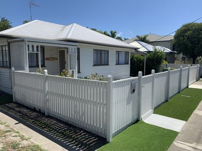 Photo for Pet friendly Gold Coast Broadwater Cottage