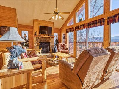 Photo for Black Bear Lookout, 2 Bedrooms, Hot Tub, Fireplace, WiFi, Grill, Sleeps 6