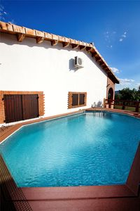 Photo for Casa Rural Romaní - 24 places (private pool and barbecue)