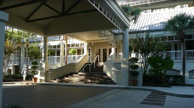 Photo for July 4th Week MARRIOTT'S HARBOUR CLUB AT HARBOUR TOWN excellent location in town