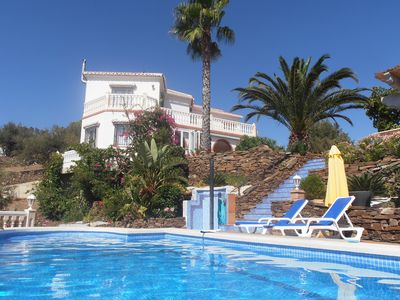 Photo for Well maintained large villa with private swimming pool and a captivating view