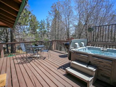 Photo for House 229 m from the center of Big Bear Lake with Parking, Internet, Washing machine (983590)