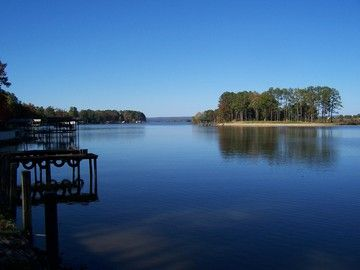 View of Weiss Lake from the T-style Pier