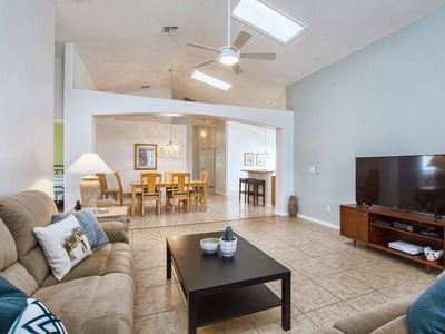 Photo for Clean & Beautiful 5BR/4BA Minutes to Disney and Parks - South Facing Pool