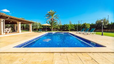 Photo for Fantastic Villa with Pool, Wi-Fi, Garden and Terrace; Parking Available