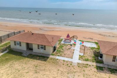 Relax! Steps to Quiet Beach! The Quarter Deck Cottage in Flagler Beach   Lovely beachside location  - Flagler Beach