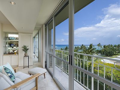 Photo for Oceanfront 1 Bedroom at the Waikiki Shore