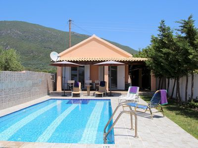 Photo for Large holiday house at the beach with pool, Wifi | Kanouli, Corfu
