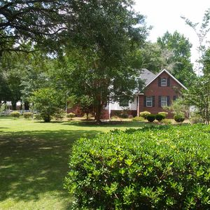 Exclusive Low Country Island Estate Excellent Choice Of Large Groups,