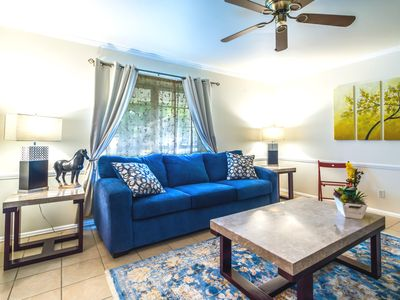 Photo for ❤️ 1/1 Charming Townhouse Med Center, USAA & AFB
