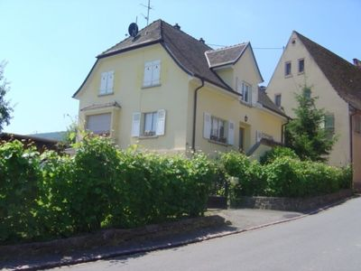 Photo for Large bright house in the heart of the wine route