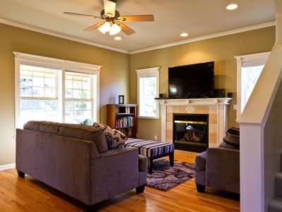 Photo for Westside Walkable - Perfect Bend Bungalow - Fireplace, Walk to Everything!