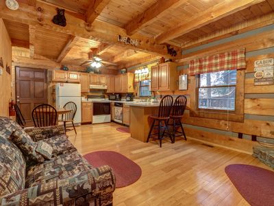 Photo for NEW LISTING! Secluded cabin w/ hot tub & pool table-near Pigeon Forge/Gatlinburg