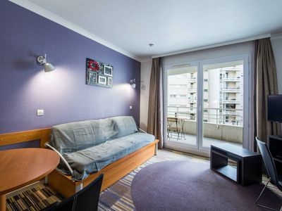 Photo for Cosy and spacious flat with balcony La Defense