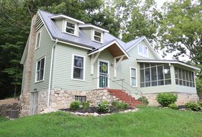 Photo for 3BR Cottage Vacation Rental in Rogersville, Missouri