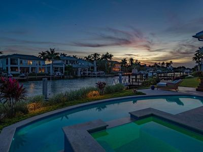 Photo for Surreal 4 Bedroom Home On Aqualine Shores