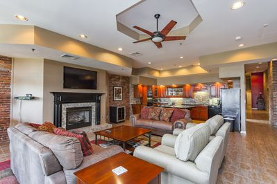 Spacious living room and kitchen -- great for visiting!