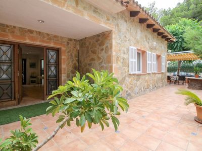 Photo for 3 bedroom Villa, sleeps 6 in Port d'Alcudia with Air Con and WiFi