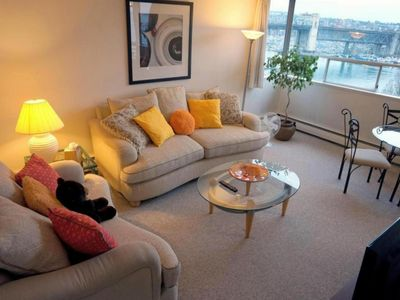 Photo for 1BR Condo Vacation Rental in Vancouver, BC