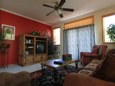 Photo for Spacious townhouse, great for ski, shop, & more