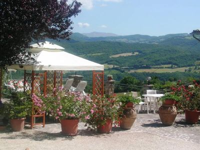 Photo for Holiday home in the green of Umbria and dinAssisi